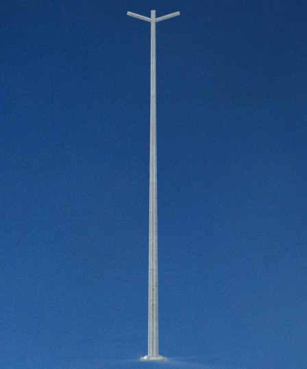 4 metre pole with double bracket